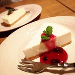 28467004 - レアチーズケーキ♡