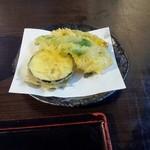 Wasaichuuboukatsura - 日替り定食につく、天ぷら