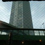 サフラン 池袋 - 窓から見えるサンシャイン60