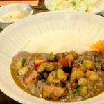 レストラン 酔牛亭 - ランチのカレー