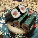28483830 - 「鉄火巻き」どこの寿司屋でも、必ず注文します。