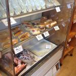 北野ベーカリー - サンドイッチなどのお惣菜パン