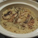 牛若丸 - 【鶏の土鍋ご飯】 これで1ラウンドKOです。w