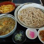 28495883 - お得なランチセット(きのこ汁(うどん)+かけ揚げ丼)(800円)