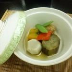 和 吉野 - 2014.06 6品目:炊合(茄子、南京、小芋、鶏団子、パプリカ、絹莢)