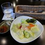 ほほえみカフェ - セットのサラダです(2014年6月)。