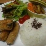 類 - 週替わりランチ(野菜の肉巻き)