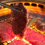 和牛焼肉ブラックホール - 炭火焼肉