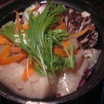2851048 - 大豆とコラーゲン鍋(1人前) 1,554円