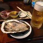 亀乃里 - 料理写真:岩ガキも特大サイズ!!