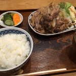 28513939 - 生姜焼き1020円