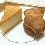 ボン・ボン洋菓子店 - チーズケーキとシュークリーム^_^ 甘いものは疲れがとれます!
