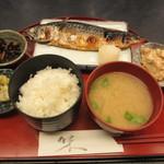 清久仁 - 焼魚定食(さば塩焼き) 950円