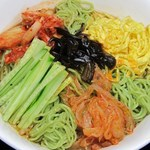 銅鑼湾 - 緑冷麺