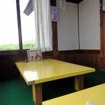 城山食堂 - さっきまでおじさんが寝ていた席
