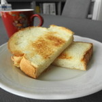 シェ・カザマ - トーストしたてが一番美味しい♪