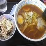 ホロホロラーメン - ピリ辛みそラーメン¥190+ミニから揚げ丼¥150