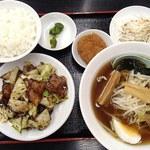 四季紅 - 日替わり(回鍋肉定食)+醤油ラーメン 650円+150円