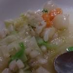 ダリアロッソ - 具だくさんのスープは野菜いっぱい