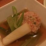 よなき蕎麦 癒庵 - 優しいお出汁で軟骨の食感がある美味しいつくねです