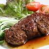 ■松阪牛シャトーブリアン(フィレ肉)…最高級A5使用