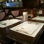 コートロッジ - 隣のテーブル
