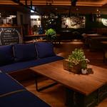 #702 BEER GARDEN - 【デザイナーズ空間!】落ち着いた寛げる空間なのでご宴会や女子会におすすめ!