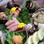 ■特産海鮮料理…宝彩海老有