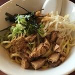 虎虎 - 料理写真:油そば590円