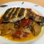レストランキムラ - 鯛のグリルとラタトゥイユ。鯛は皮がかりかり、中はふわふわです!