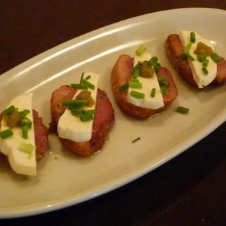 合鴨のソテー・クリームチーズと柚子胡椒のせ