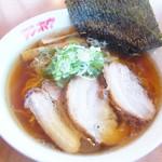 テンホウ  - さっぱりしたスープですが厚切りのチャーシューで味わって食べる、おすすめ中華そば