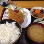 FG松峯 - ハムカツ・コロッケ定食(600円)