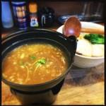 28534975 - つけ麺。鶏チャーシューが兎に角美味い!