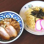 テンホウ  - 煮干の風味がきいた夏の限定商品。つけ麺