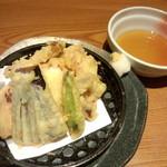 Hananomai - たこの天麩羅<税抜>680円
