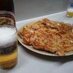 28540177 - (2014/5月)「餃子」とビール