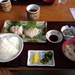 亀代食堂 - 料理写真: