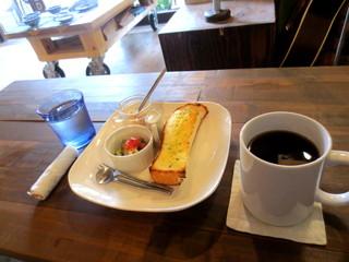 喫茶店 uzuビバレッヂ - モーニング(ドリンク代のみでOK)