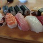 新富寿司 - 料理写真:にぎり並980円