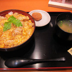 鶏三和 - 名古屋コーチン 親子丼