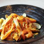 ヒラタパスタ - 新鮮な魚介たっぷりペスカトーレ