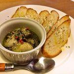 茶・食・酒 56 - 牡蠣のオイル漬け ~バケット添え~ 620円