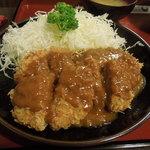 伊奈八 - 「ヒレカレー」はご飯と別の提供