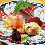 魚膳むらかみ - 料理写真:【刺身盛合せ@1400円】コレをまちがえて4人前も。。の~~~~w