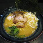 松壱家 - 醤油豚骨ラーメン(並)