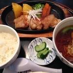 やまぶきの里レストラン 宇野屋 - 生姜焼き定食