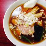 栄屋ミルクホール - チャーシュー麺