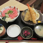 28581379 - 生本マグロトロすき身丼とフライ定食