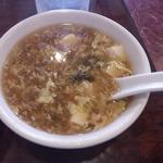 28583346 - 一見酸辣湯の玉子スープ
